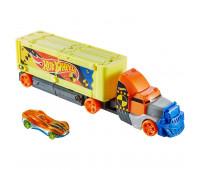 Машинка Hot Wheels Крушащий грузовик GCK39
