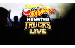 10 лучших моментов Monster Trucks Live FREESTYLE